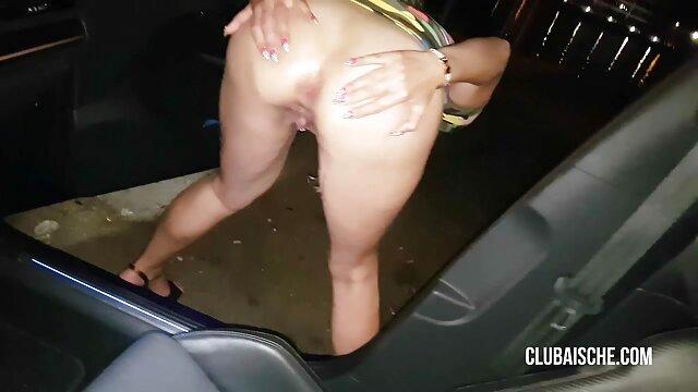 Ado asiatique allemande avec chatte poilue porno vehicule