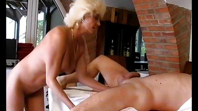 Thai prostituée porno en conduisant baisée à cru