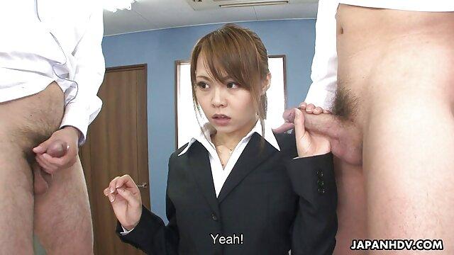 Titty putain de porno