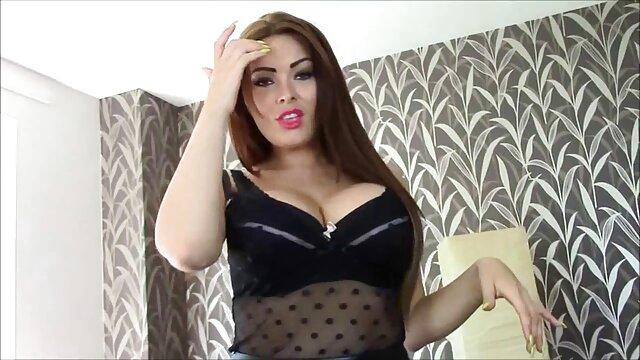 Bbc MILF Janet film porno en voiture Mason