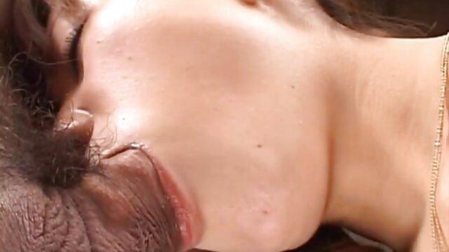 Bourdon sexe sur voiture